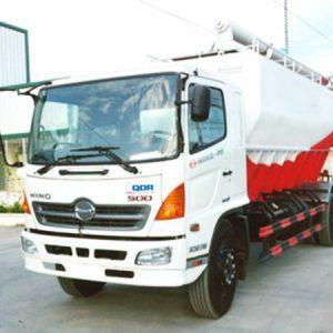 xe tải hino FG8JPSB bồn chở cám 18 khối